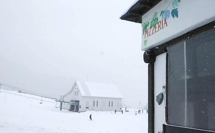 岩原本店 雪!降ってますよ!