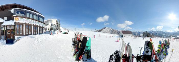 ピットーレ岩原本店 12/29 岩原スキー場オープンです。