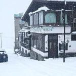 ピットーレ岩原本店 3/29 雪で通行できません。P3へ駐車お願いします。