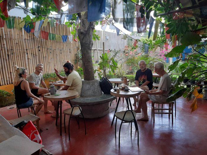 ピットーレ・バリ島 優雅にヨガ教室です。